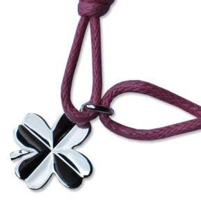 Bracelet petit trèfle gravé