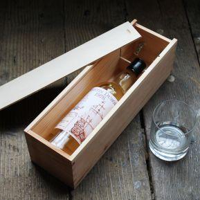 Bouteille de whisky étiquette style Marin