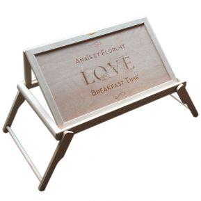 Plateau de lit en bois gravé Love